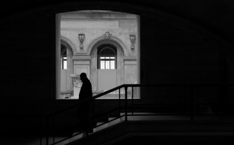 Louvre Silhouette