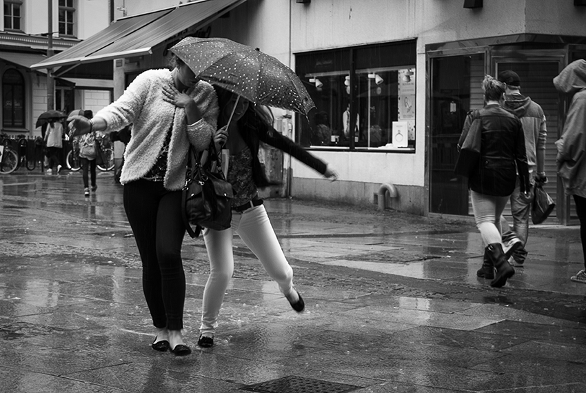 Street Photography - Rain dance