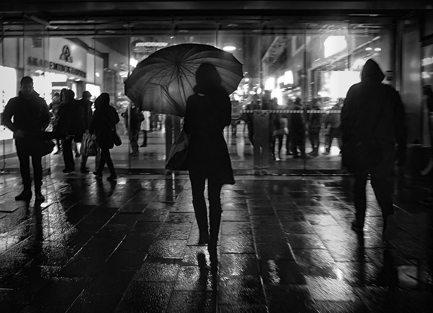 In the rain - Street Photography