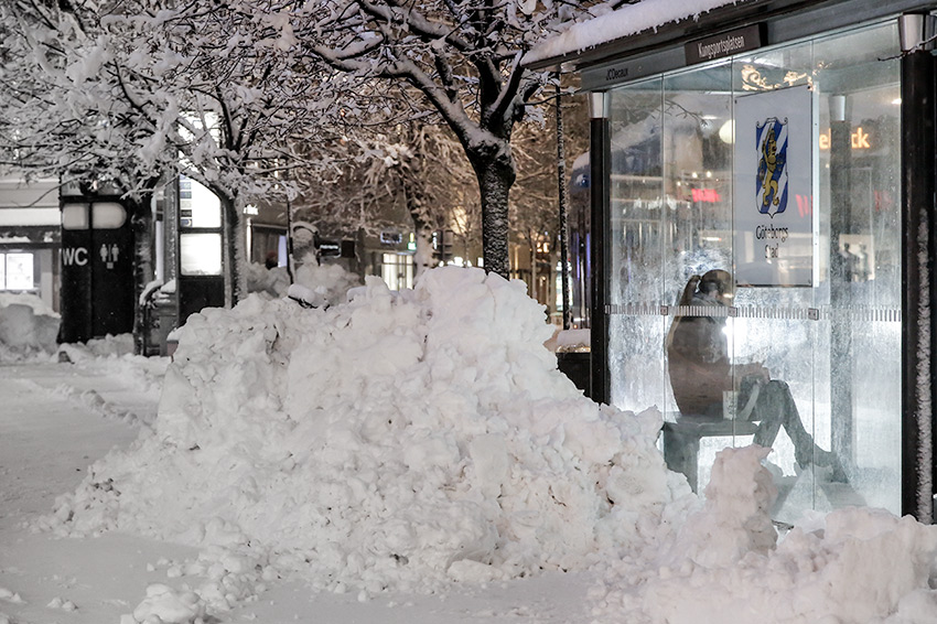 In the snow – during the heavy snowfall in Gothenburg